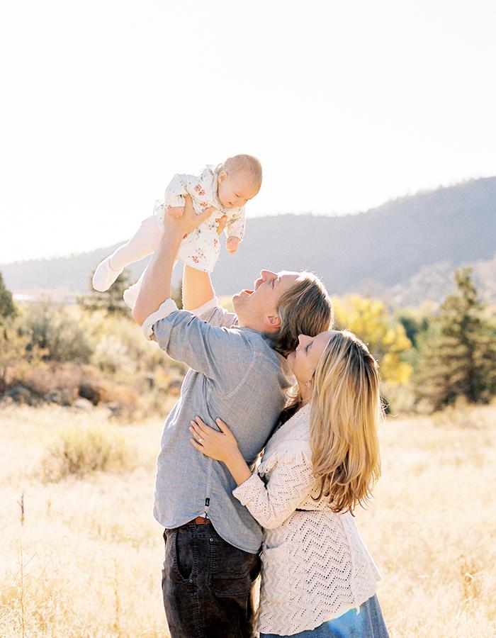 Family Photo Session Lyons Colorado: Mountain Family Session