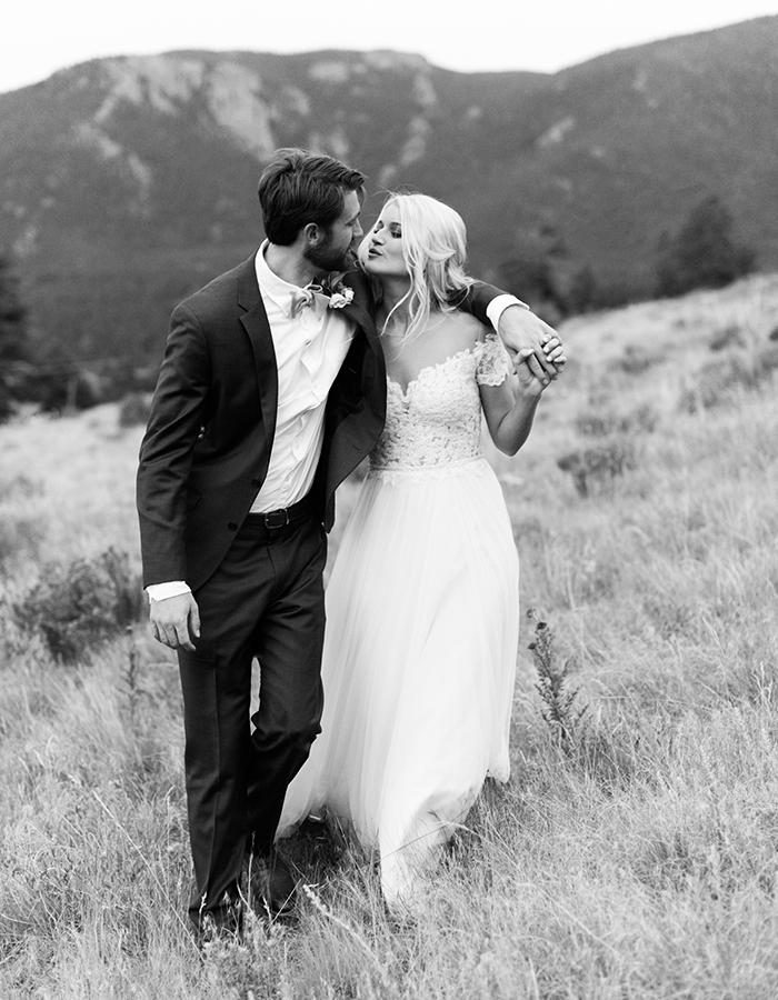 Mountain Wedding Photos, Colorado Mountain Weddings, Black and White Wedding Photos, Colorado Wedding Photographers, Bride Kissing Groom, Classic Colorado Wedding Photos