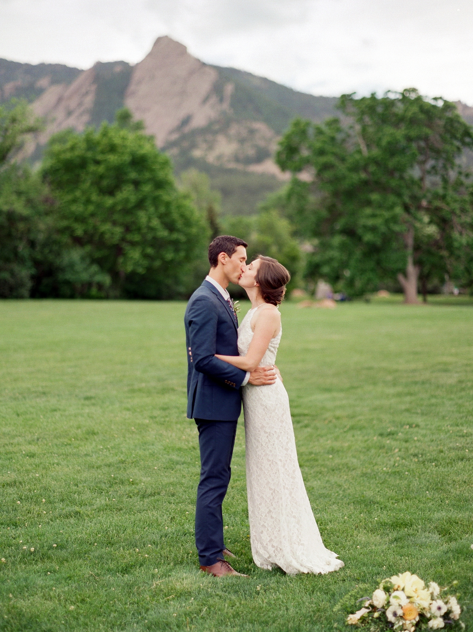 Chautauqua Dining Hall Wedding, Film Wedding Photos, Outdoor Wedding Details, Colorado Mountain Weddings, Danielle DeFiore Photographer, Destination Wedding Photographers, Weddings in Boulder Colorado, Outdoor Ceremony, Film Photographer, Summer Weddings, Bride And Groom Kissing