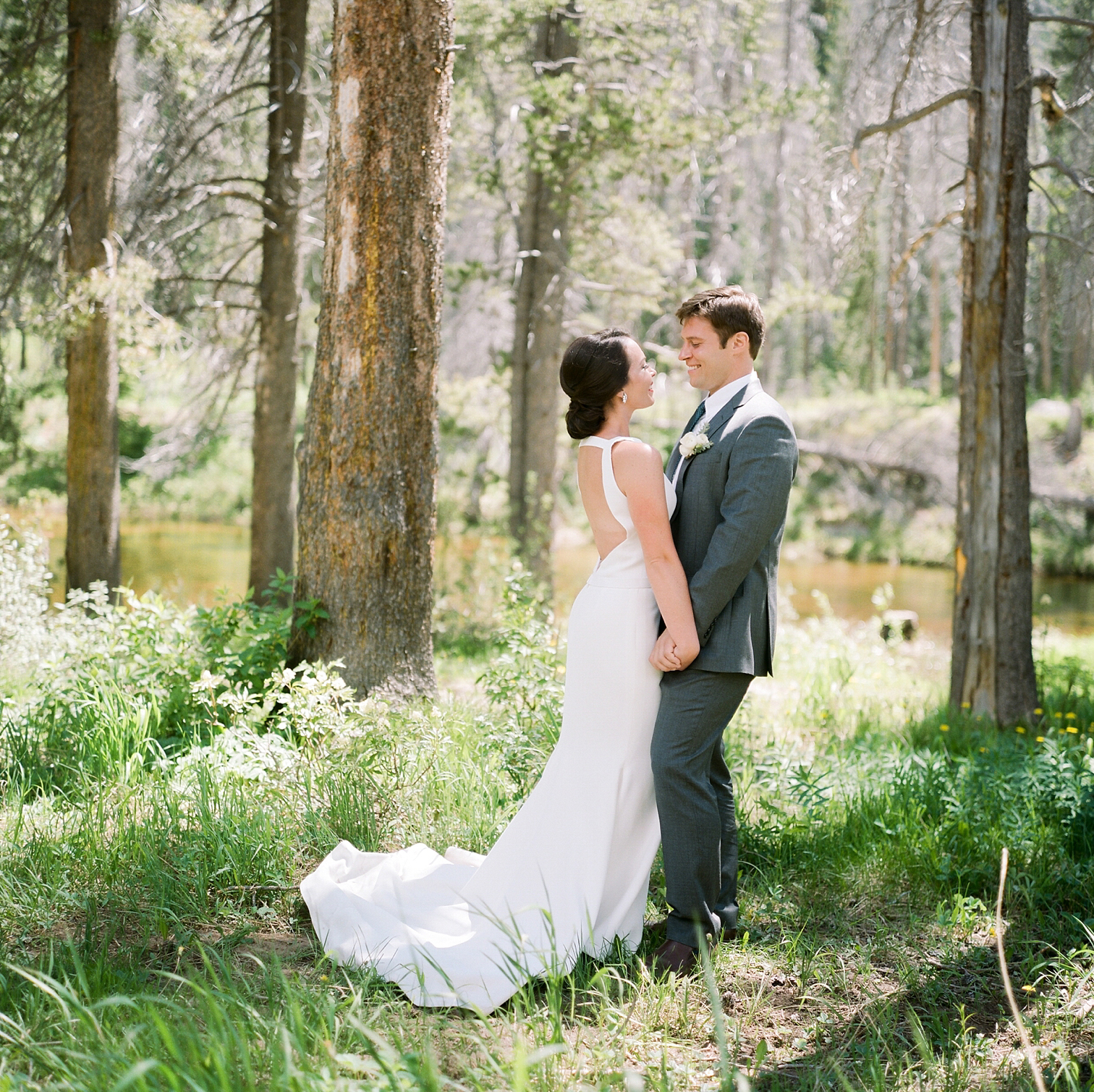 Vail Colorado Wedding, Colorado Wedding Photographer, Film Photographer, Mountain Wedding, Colorado Destination Wedding Photographers, Best Photographers In Colorado, Film Photography, Denver Wedding Photographers, First Look, Danielle DeFiore Photography