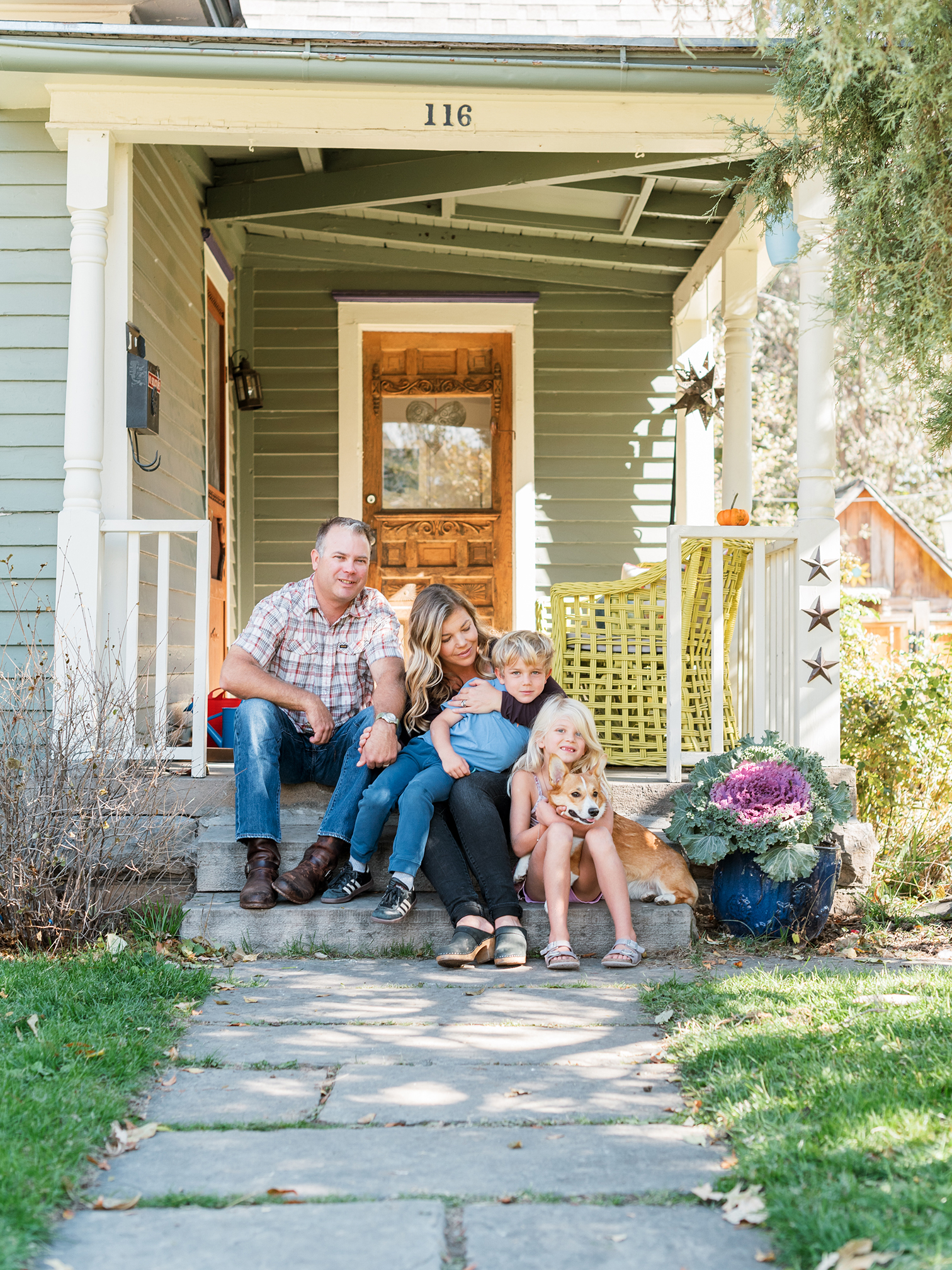 Fall Portraits, Colorado Family Portraits, Fort Collins Portrait Photographer, Fall Family Portraits, Mother with Children, Colorado Family Portraits, Family Sitting on Porch