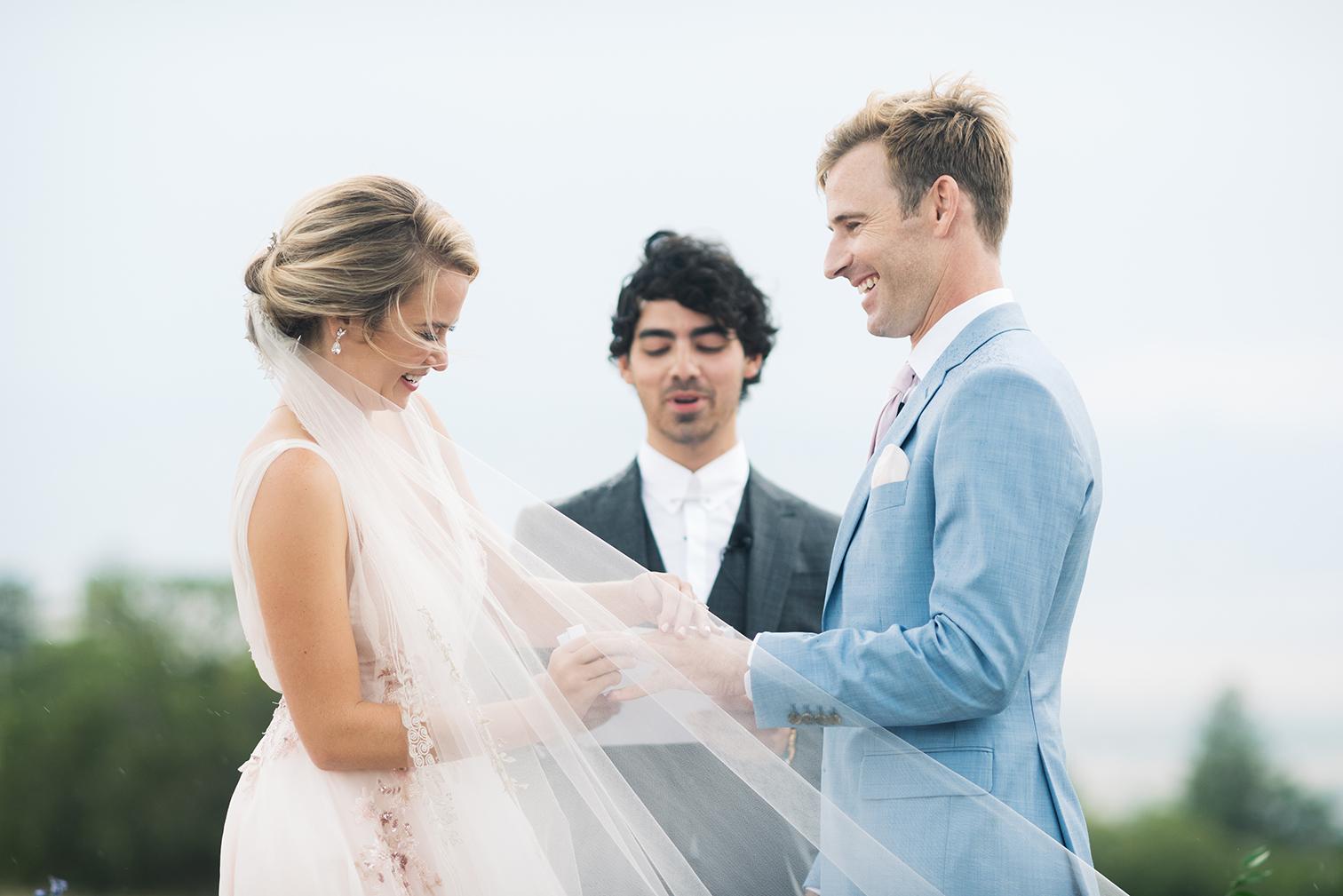 Colorado Wedding Photographers, Denver Wedding Photography, Destination weddings in Colorado, Summer Mountain Wedding Photos