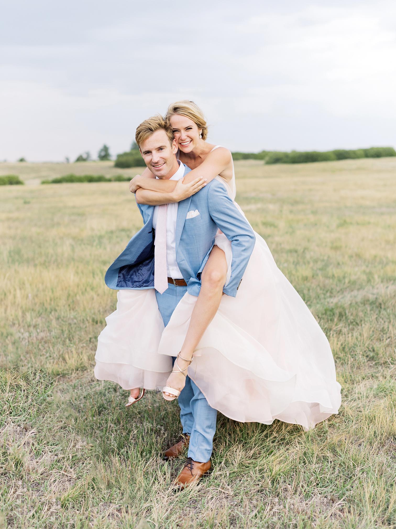 Colorado Wedding Photographers, Mountain Top Ceremonies, Destinations Wedding in Colorado, Bride and Grooms Photos, Pink Wedding Dress, Best Wedding Photos in Colorado