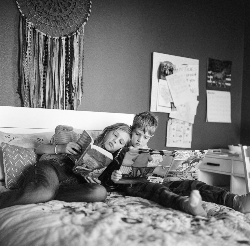 Fort Collins Family Photographers, kids reading together