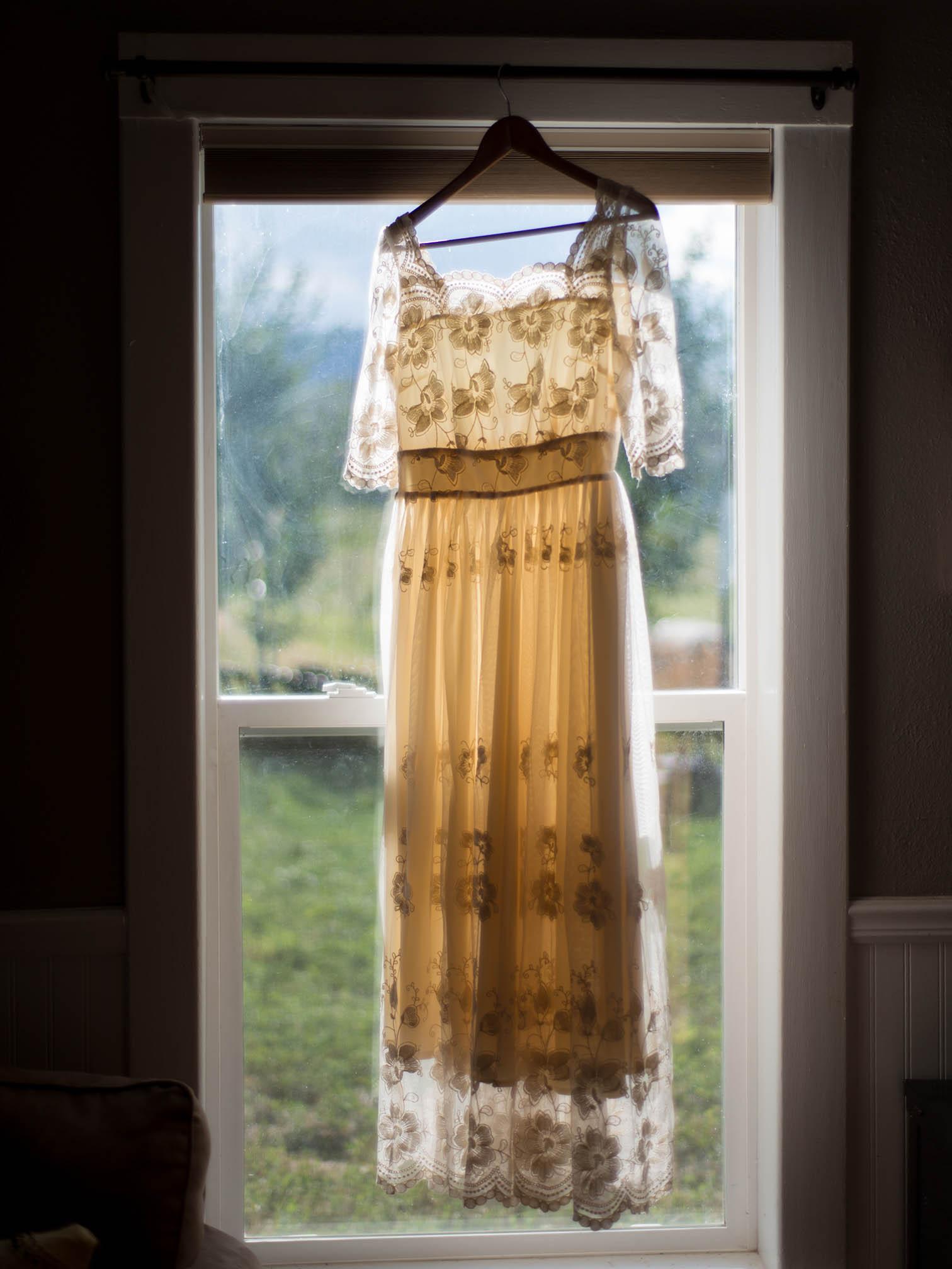 Aspen Colorado Elopement, wedding dress